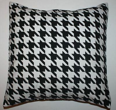 Throw Pillow Sham/Cover for 18x18 Insert Large Black/White H
