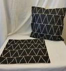 "Throw Pillow Cover Black & White Zig Zag Pattern  17"" x 17"