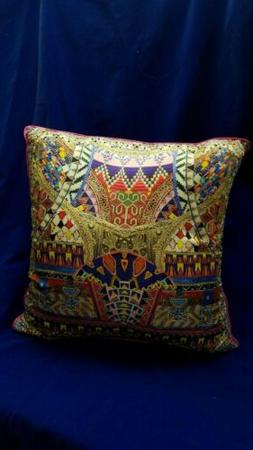 NWT/CAMILLA 18.5in Square SILK/CRYSTAL EMBELLISHED/THROW PIL