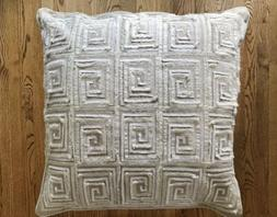 NWT Kim Seybert Living Embroidered and Beaded Throw Pillow 2
