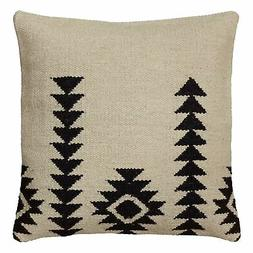 Rizzy Home Pillow Cover With Hidden Zipper In Ivory And Blac